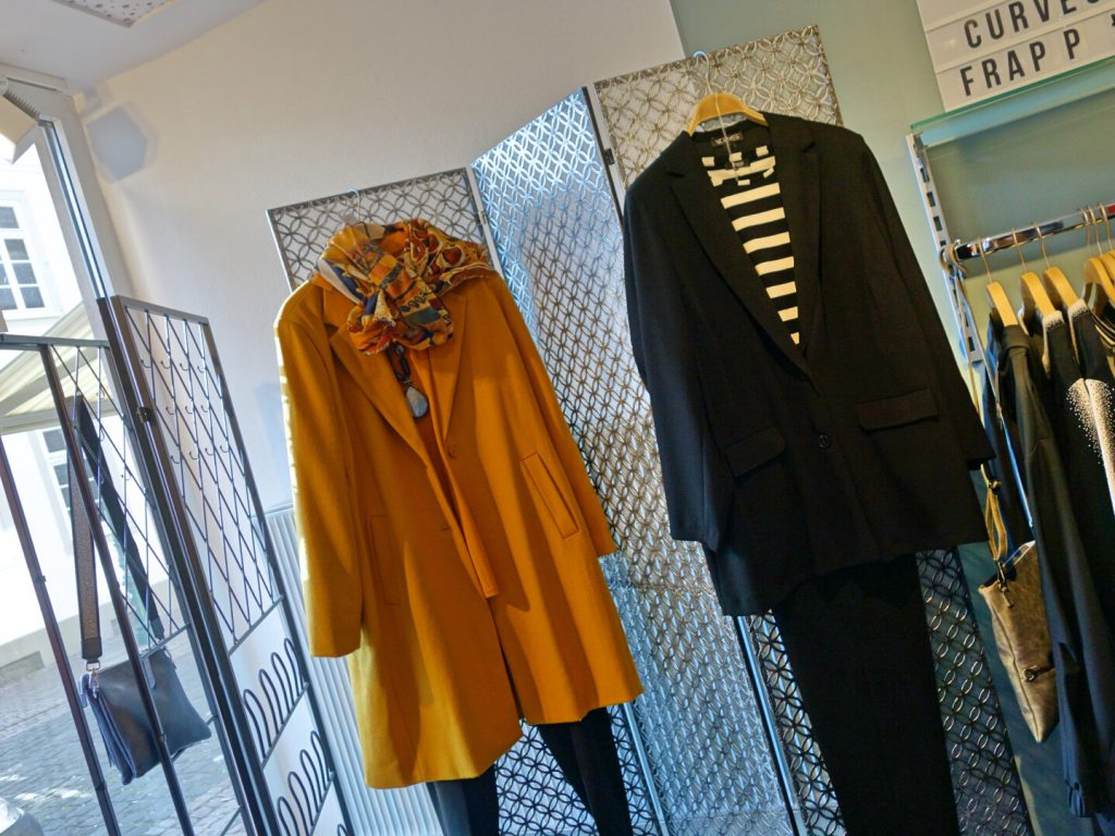 Unser Look der Woche - ob Outdoormantel oder Anzug = SONOVIE liefert